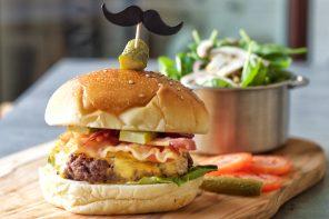 Bacon Cheeseburger Cucinaconstile style