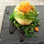 Insalata di granchio con avocado ed alghe